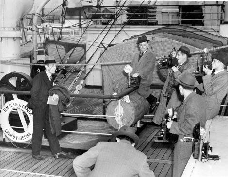 Arliss Shipboardon board Nov 9 1937